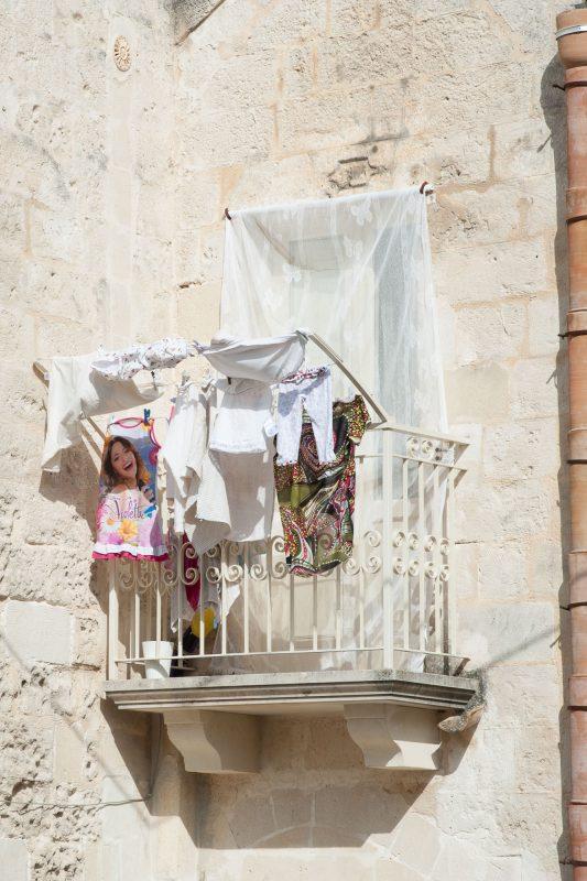 Matera città dei sassi balconi